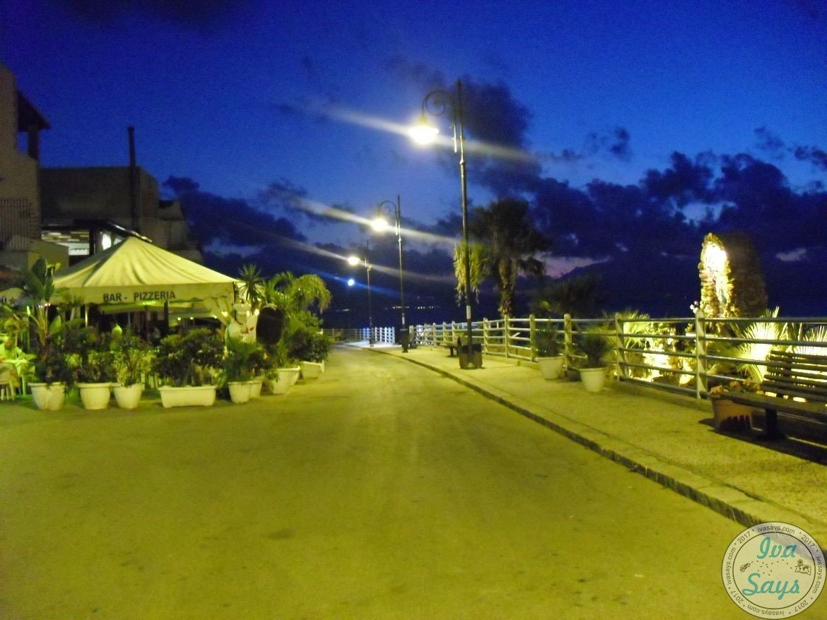 Walking around Trappeto, Sicily at night and exploring it. | Visiting and Exploring the beautiful Sicilian island in Italy | #italy #travel #sicily - Iva Says