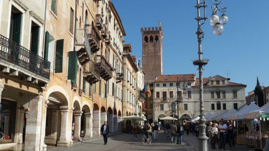 Piazza Liberta Bassano Del Grappa