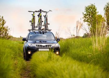 Benefits of Installing Roof Racks When Travelling